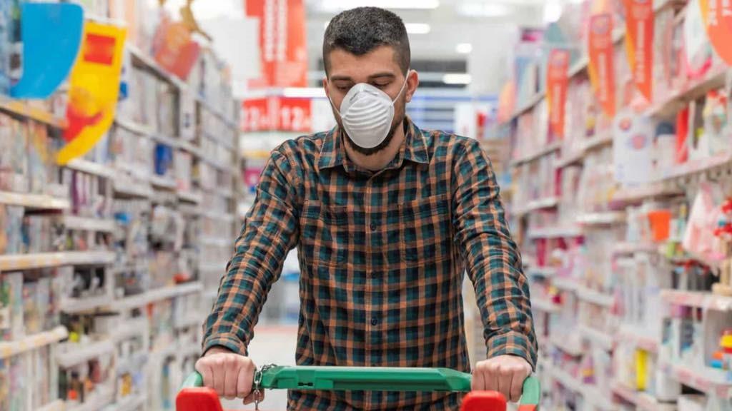 Este es el mayor foco de contagio de coronavirus al hacer la compra en el supermercado